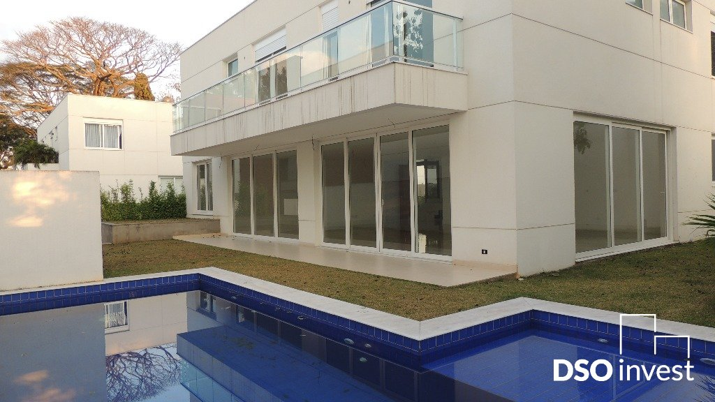 Casa em Condominio - Parque Colonial